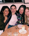 22-Mai-2018-Sophia-Bush-with-friends_003.png