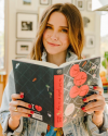 27-Fevrier-2018-Sophia-Bush-for-Book-of-the-month_002.png