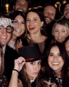 31-Decembre-2018-Sophia-Bush-celebrating-New-Year-Eve_008.png
