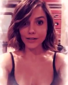 01-Mars-2016-Sophia-Bush-on-Snapchat004.png