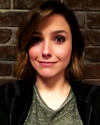 09-Mars-2016-Sophia-Bush-on-set_001.png