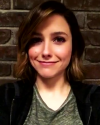09-Mars-2016-Sophia-Bush-on-set_002.png