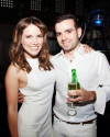 30-Mai-2013-Sophia-Bush-Pop-White-Party_002.png