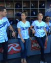 13-Juin-2014-Sophia-Bush-Au-LA-Dodgers-Game-02.png
