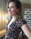 07-Avril-2015-Sophia-Bush-Press-Day.png