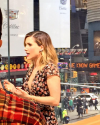 07-Avril-2015-Sophia-Bush-Press-Day_yayabalbed.png