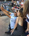 12-Aout-2015-Sophia-Bush-Chicago-White-Sox-Game_015.png