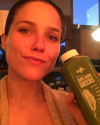 20-Juin-2015-Sophia-Bush-Juice-Generation.png