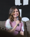 07-Mai-2017-Sophia-Bush-at-Return-To-Tree-Hill_02.png