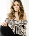 Sophia-Bush-by-Lauren-Perlstein-for-Bustle_002.png