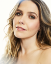 Sophia-Bush-by-Lauren-Perlstein-for-Bustle_004.png