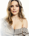 Sophia-Bush-by-Lauren-Perlstein-for-Bustle_005.png