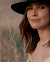 Sophia-Bush-in-a-video-by-JON-HECHTKOPF_001.png