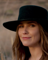 Sophia-Bush-in-a-video-by-JON-HECHTKOPF_005.png