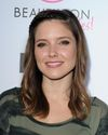 Sophia-Bush-BeautyCon-KickOff-Party_002_HQ.jpg