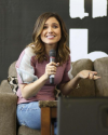 Sophia-Bush-at-Return-To-Tree-Hill-Convention_002.png