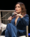 Sophia-Bush-at-the-Chicago-HelloSunshinexTogetherLive_004.png