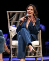 Sophia-Bush-at-the-Chicago-HelloSunshinexTogetherLive_010.png