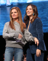Sophia-Bush-at-the-Chicago-HelloSunshinexTogetherLive_013.png