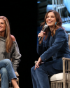 Sophia-Bush-at-the-Chicago-HelloSunshinexTogetherLive_016.png