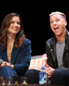 Sophia-Bush-at-the-Chicago-HelloSunshinexTogetherLive_019.png