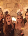 31-Decembre-2016-Sophia-Bush-New-Years-Eve_008.png