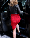 Sophia-Bush-Leaving-SiriusXM-Studios-05.png