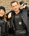 Sophia-Bush-Tournage-Chicago-PD-2x10-Shouldnt-Have-Been-Alone-02.png