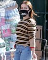 Sophia-Bush-in-West-Hollywood_002~0.jpg