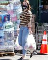 Sophia-Bush-in-West-Hollywood_005~0.jpg