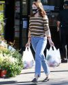 Sophia-Bush-in-West-Hollywood_006~0.jpg